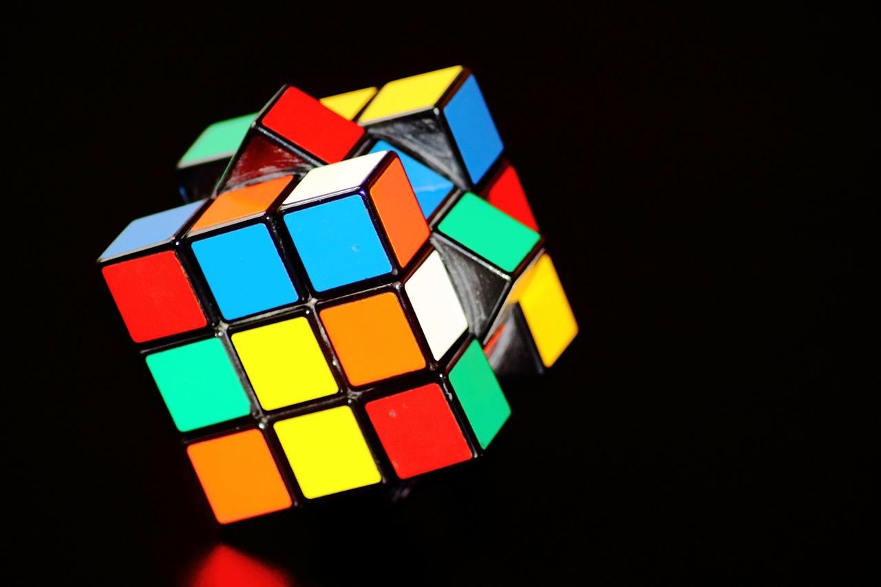 magic-cube-378543_1280